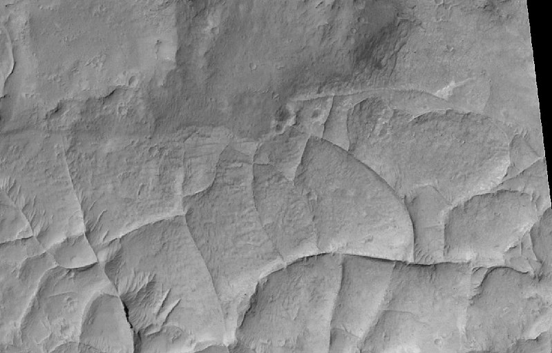 Ridges, as seen by HiRISE under HiWish program Close view of ridges, as seen by HiRISE under HiWish program