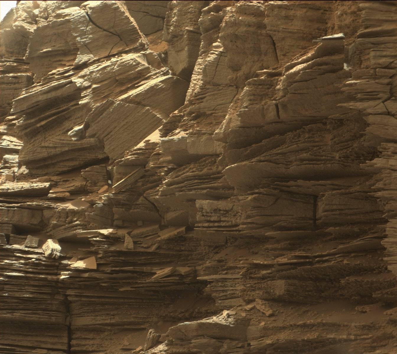 Rock layers in the Murray Buttes area in lower Mount Sharp
